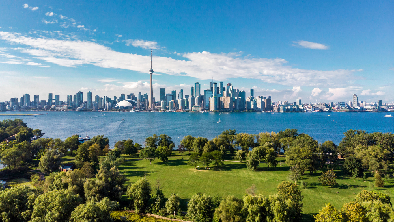 Why Toronto Is The Best Place For Immigrants