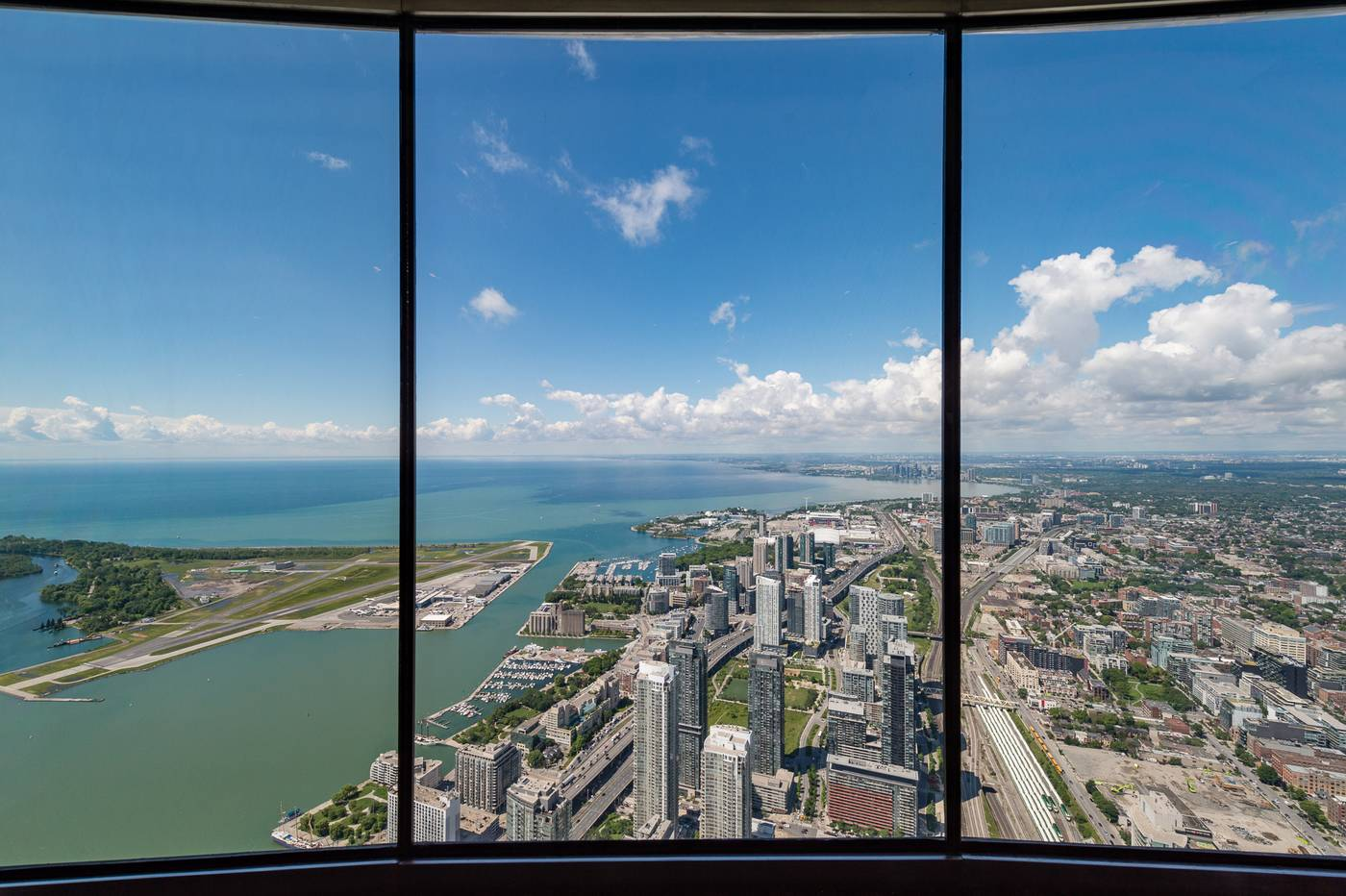 BREATHTAKING VIEWS From Toronto's CN Tower: One of Earth's Tallest Metal Structures