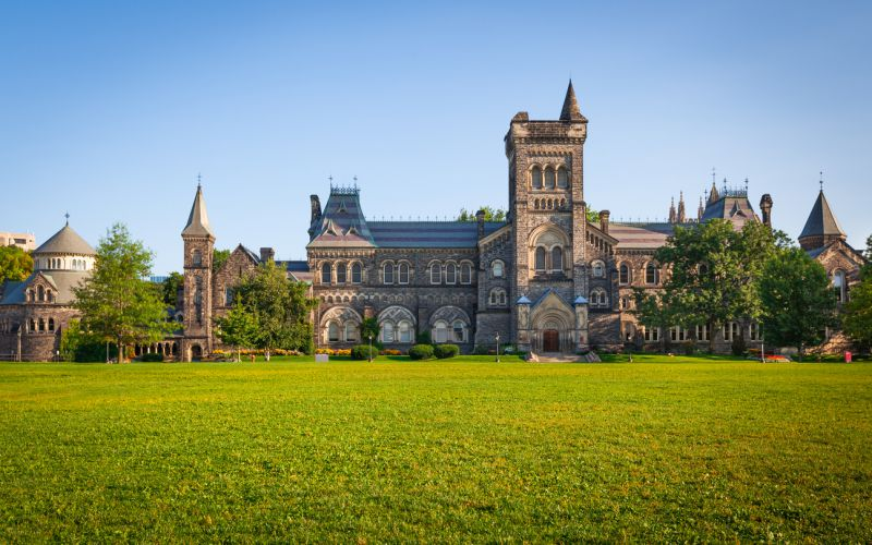 (This Just in..) Here are Canada's Top 10 Universities (Including Scholarships for International Applicants)
