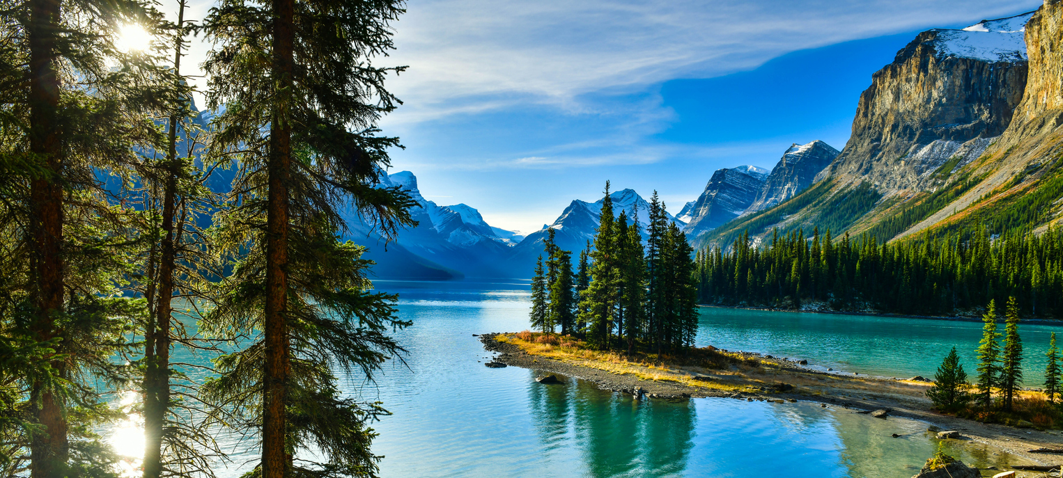 Top 7 Must-Visit Attraction Sites in Canada