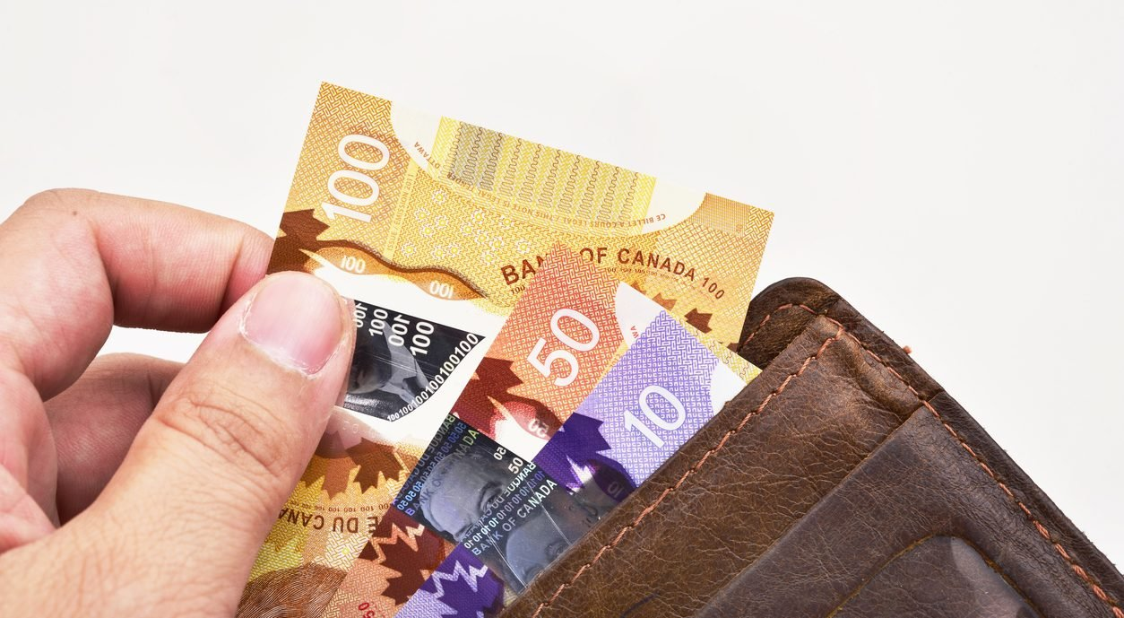 How Do You Open a Canadian Bank Account (As an Immigrant)?